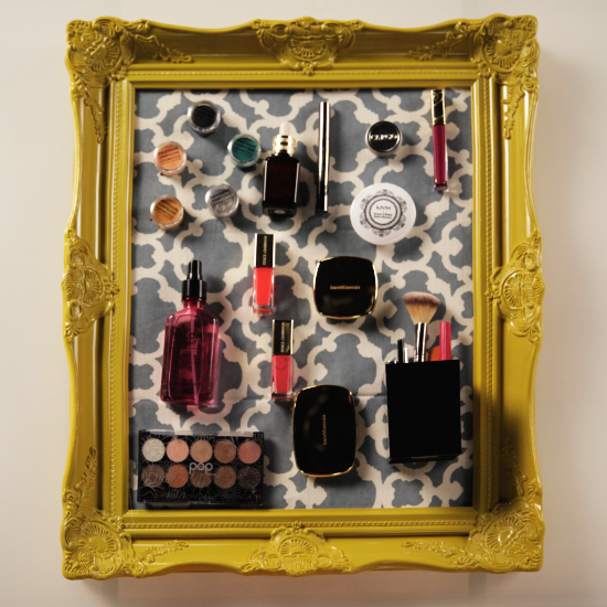 DIY-Magnetic-Makeup-Board-Organizer