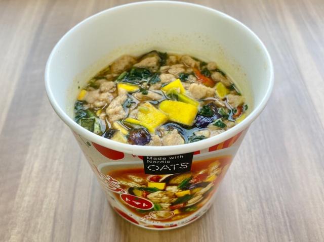 オーツミートと野菜のスープ トマト