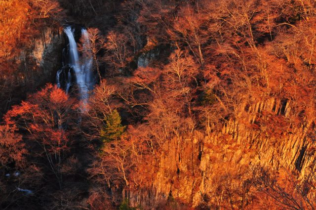 日光の景色(紅葉と滝)