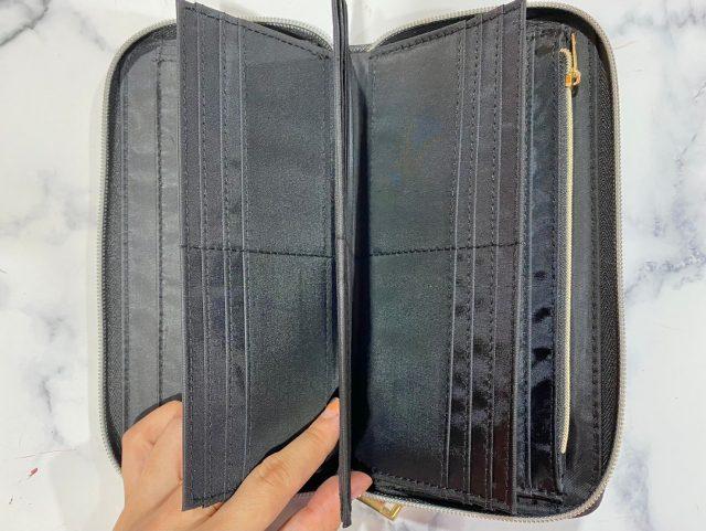 SHIPS財布カード収納見せ