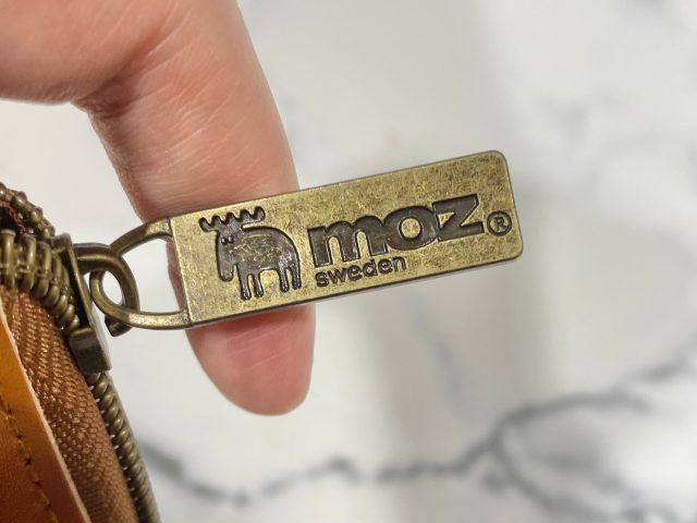 moz 牛革財布のファスナー