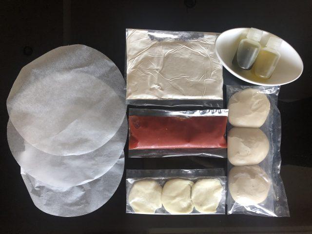 Roppongi 冷凍ピザ・無料配布のセット内容