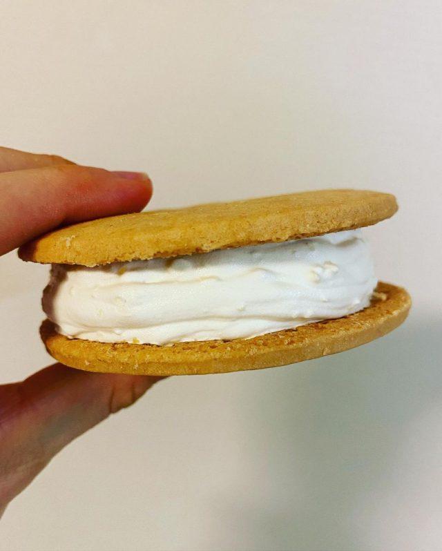 白い恋人サンドアイス中身