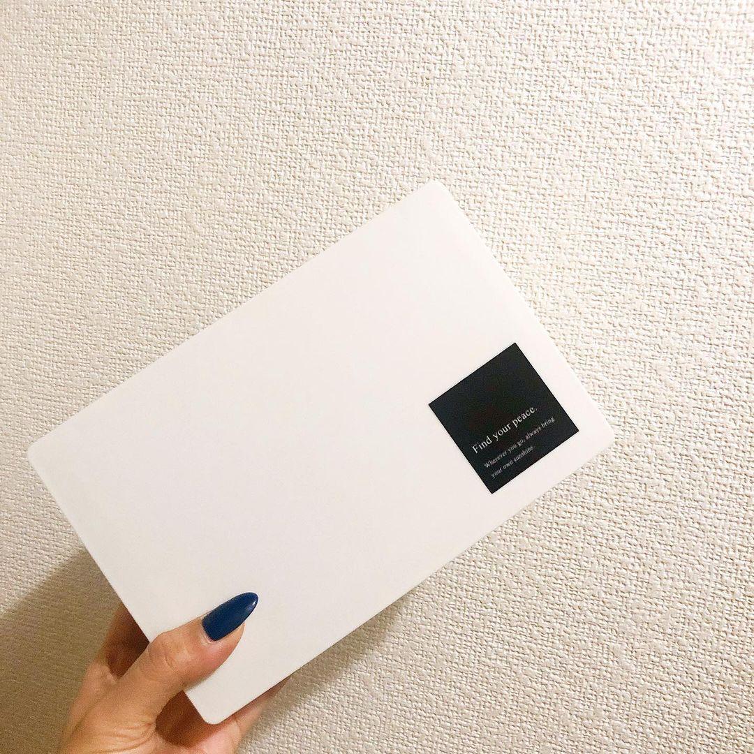 マスクボックス白の画像