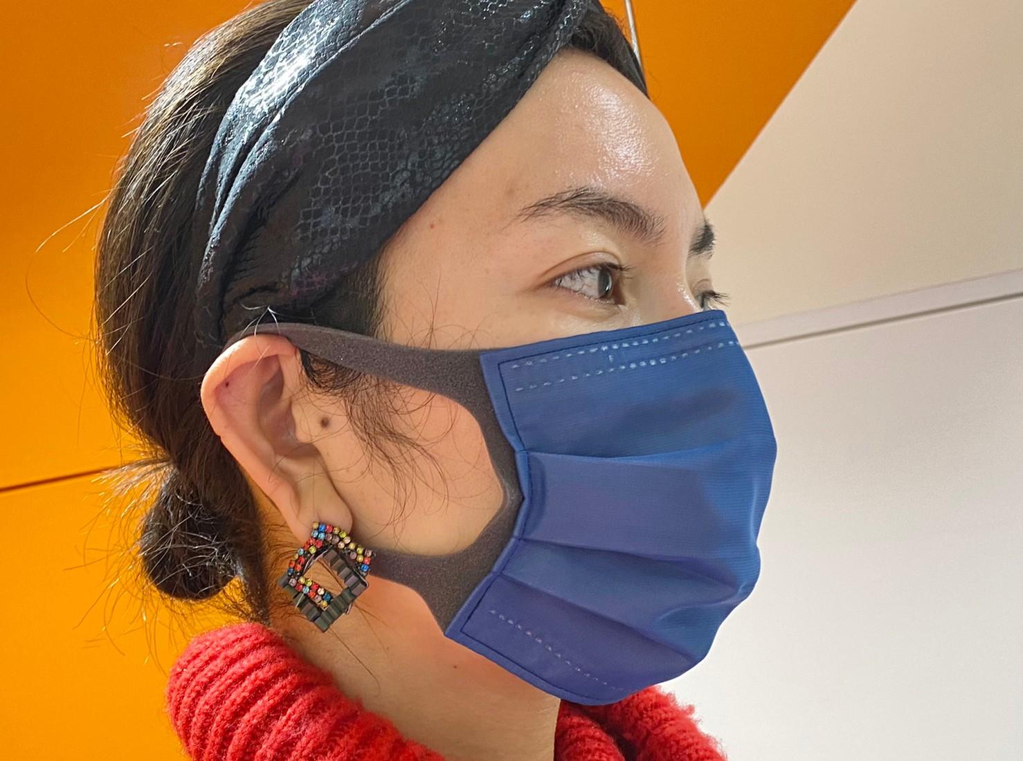 アンドマスク着用横