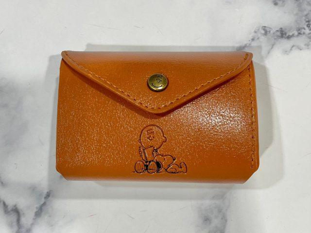 SNOOPYのレザー調三つ折り財布