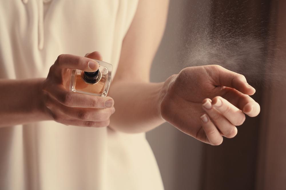 香水をつける場所