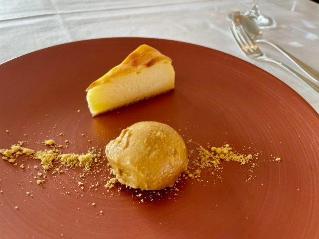 チーズケーキとアイス