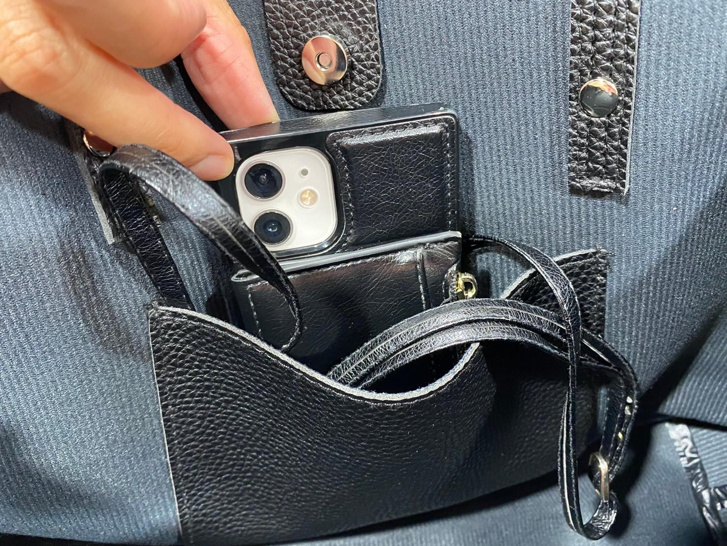 『egロゴトートバッグ』の内ポケット画像